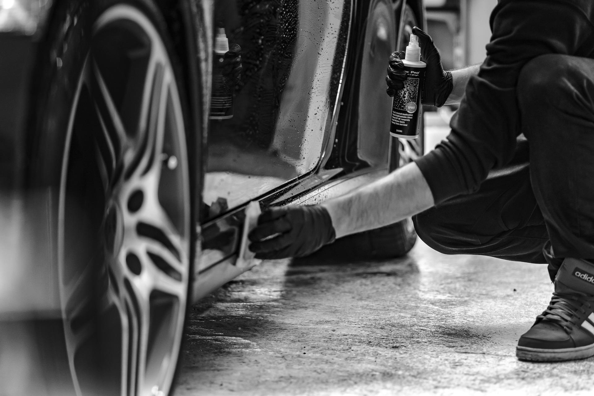 Autopflege – Womit man das Auto selbst reinigen kann