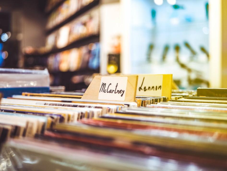 CDs und DVDs umweltgerecht verstauen